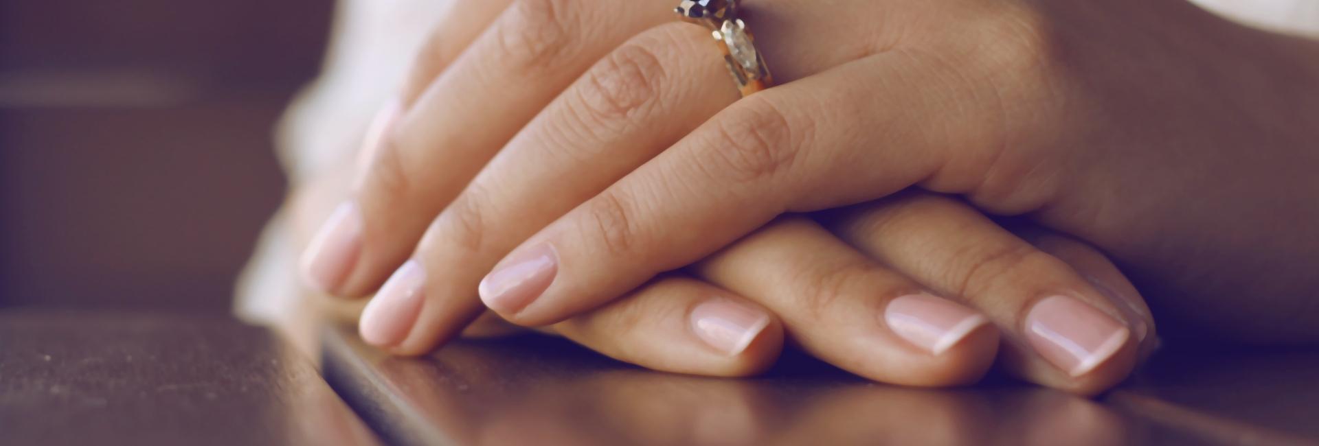 Efectos secundarios de la quimioterapia en las uñas y su cuidado